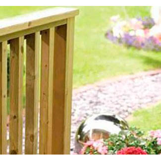 Outdoor Decking Balustrade – Classic Square & Metal