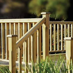 Outdoor Decking Balustrade – Traditional